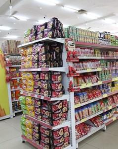 """Nguồn hàng thực phẩm dồi dào, tình trạng """"đổ xô"""" đi mua sắm tại Hà Nội giảm đáng kể"""