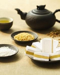Khám phá sản vật miền Bắc Việt Nam (Kỳ 5): bánh khảo, bánh cuốn canh, xôi trám đen Cao Bằng