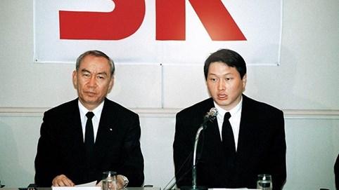 Chủ tịch SK Group - Người điều hành khối tài sản hàng tỷ USD ngay cả khi ngồi tù