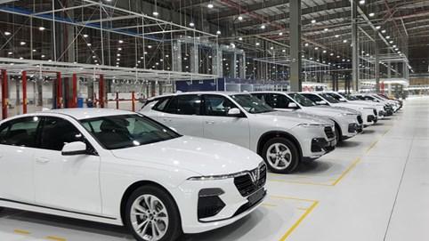 Nhập khẩu ô tô về Việt Nam vẫn tăng gấp đôi bất chấp dịch Covid-19