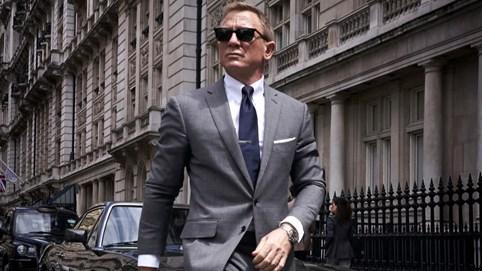 """Đầu tư đến 250 triệu USD, siêu phẩm James Bond tiếp tục """"bỏ bom"""" người hâm mộ đến năm 2021"""
