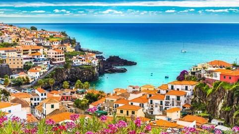 """Madeira - Hòn đảo thiên đường """"hot"""" nhất châu Âu"""