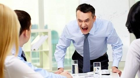 """Muốn trở thành lãnh đạo giỏi, hãy xem ngay 9 thói xấu khiến nhân viên coi sếp là """"ác quỷ"""""""