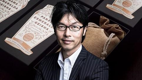 """Triết lý """"ngông cuồng"""" của ông chủ chuỗi cà phê thách thức Starbucks, được người Nhật yêu thích hơn 20 năm"""