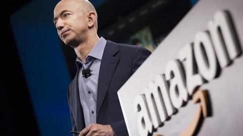 Hồ sơ tỷ phú - Bài 1: Jeff Bezos - từ cậu bé không biết mặt cha đẻ đến người giàu nhất hành tinh