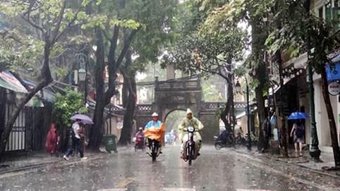 Ngày mai 15/4: Hà Nội có mưa rào và dông, miền Bắc chuẩn bị đón không khí lạnh