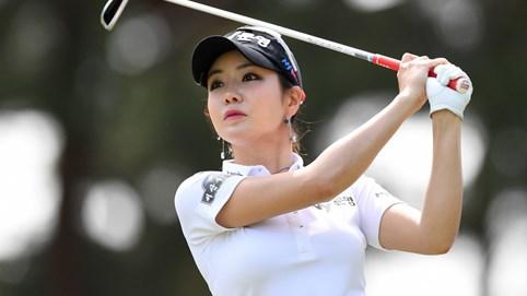 """Nữ golf thủ """"đốt mắt"""" nam giới - Kỳ 22: """"Thánh nữ làng golf"""" được tìm kiếm nhiều nhất ở Nhật Bản"""