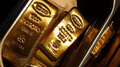 """Ngày 19/10: Giá vàng suy yếu khi đồng USD hấp dẫn, giới đầu tư thi nhau """"chốt lời"""""""