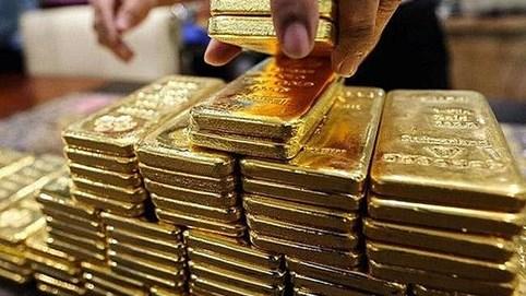 Vàng thế giới tăng vọt, USD xuống thấp nhất trong 3 tuần