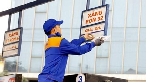 Xăng RON 95 và dầu diesel giảm giá