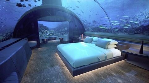 """5 khách sạn """"sạng xịn mịn"""" giữa lòng đại dương, muốn thưởng thức một đêm phải mất đến 200 triệu đồng"""
