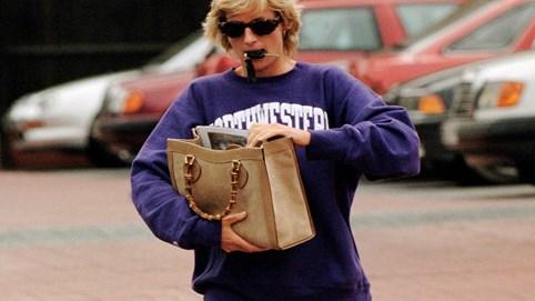 """Gucci """"tái sinh"""" lại mẫu túi được công nương Diana yêu thích nhất, thiết kế có từ những năm 90"""