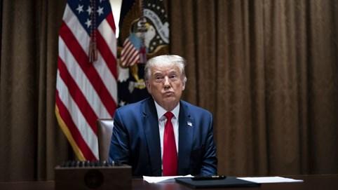 Trump ký sắc lệnh mới cấm người Mỹ kinh doanh trên TikTok, WeChat