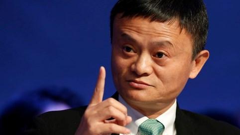 """Tỷ phú Jack Ma: """"Người đi chân đất thì không bao giờ sợ xỏ giày, muốn kiếm được tiền trước tiên phải coi nhẹ nó"""""""