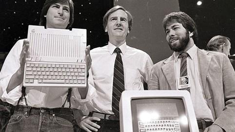 """Quyết định sai lầm khi """"bán mình quá sớm"""", những nhà sáng lập này đã ném hàng tỷ USD qua cửa sổ"""