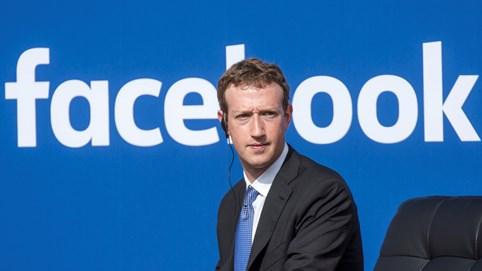 Cuộc chiến kỳ lạ giữa Apple và Facebook