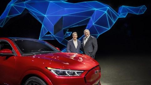 Ford đổi tướng: CEO mới từng làm cho Toyota, cống hiến 13 năm cho hãng xe Mỹ
