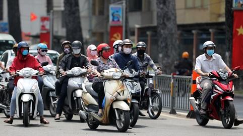 Hà Nội phạt người không đeo khẩu trang nơi công cộng từ hôm nay