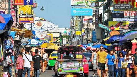 Bloomberg: Triển vọng kinh tế Thái Lan tệ nhất, Việt Nam đứng đầu tăng trưởng tại Đông Nam Á thời Covid-19
