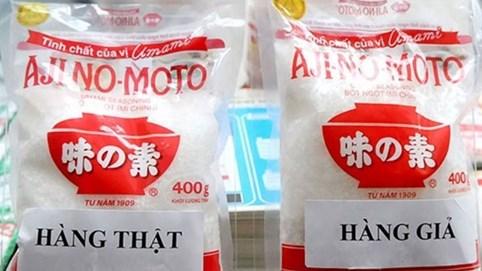 """Hàng giả, hàng nhái tràn lan vì một bộ phận người Việt vẫn sẵn sàng mua """"túi LV giá chỉ 120k"""""""