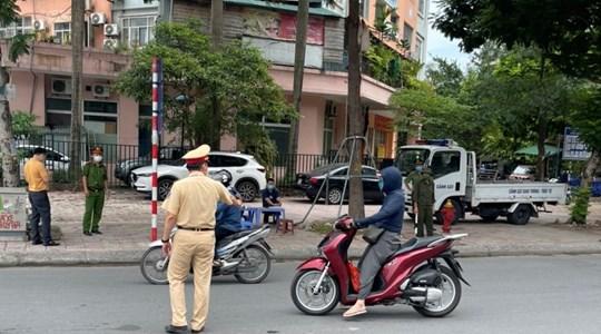 Hà Nội: Phạt hơn 1,5 tỷ đồng với 804 vụ vi phạm phòng dịch chỉ trong ngày thứ 4 giãn cách