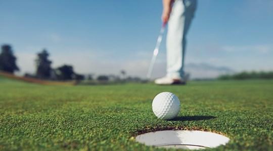 Cao thủ làng golf chia sẻ 4 chìa khóa các golfer luôn có cú putt bóng hoàn hảo