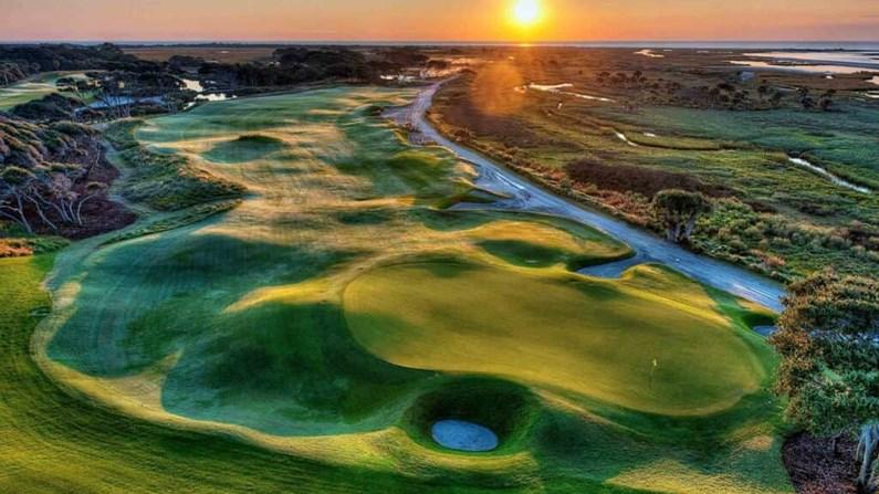8 sân golf đẹp nhất thế giới khiến mọi golf thủ đều mơ ước được thử sức