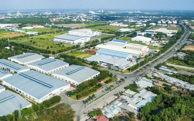 """Xoay trụ sang khu công nghiệp, Saigontel """"hái quả ngọt"""" - Ảnh 1"""