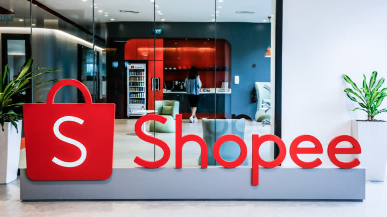 Công ty mẹ của Shopee - Sea - làcông ty tiên phong trong việc niêm yết cổ phiếu ra công chúng bằng cách thực hiện IPO ở Mỹ .