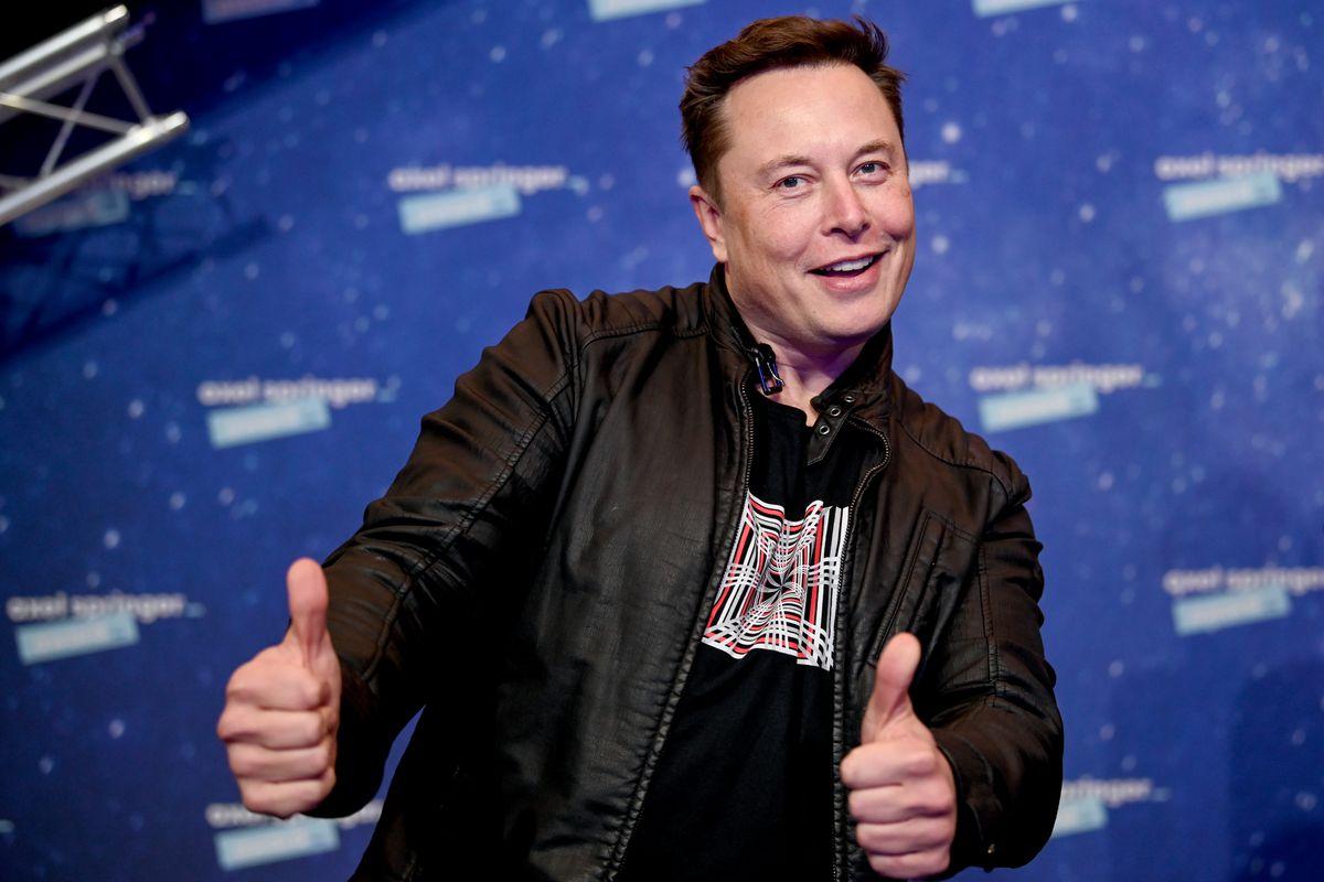 Elon Musk đã vượt Jeff Bezos trở thành người giàu nhất thế giới.