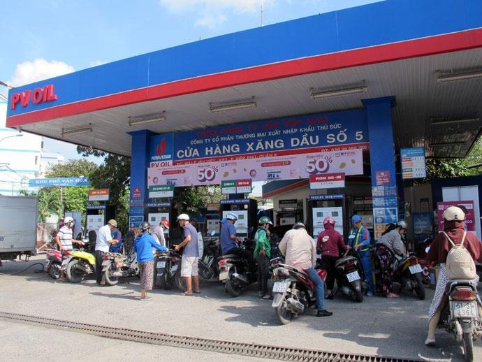 PV OIL (OIL) ước lỗ tháng 7 và 8 do nhu cầu tiêu thụ xăng dầu giảm mạnh - Ảnh 1