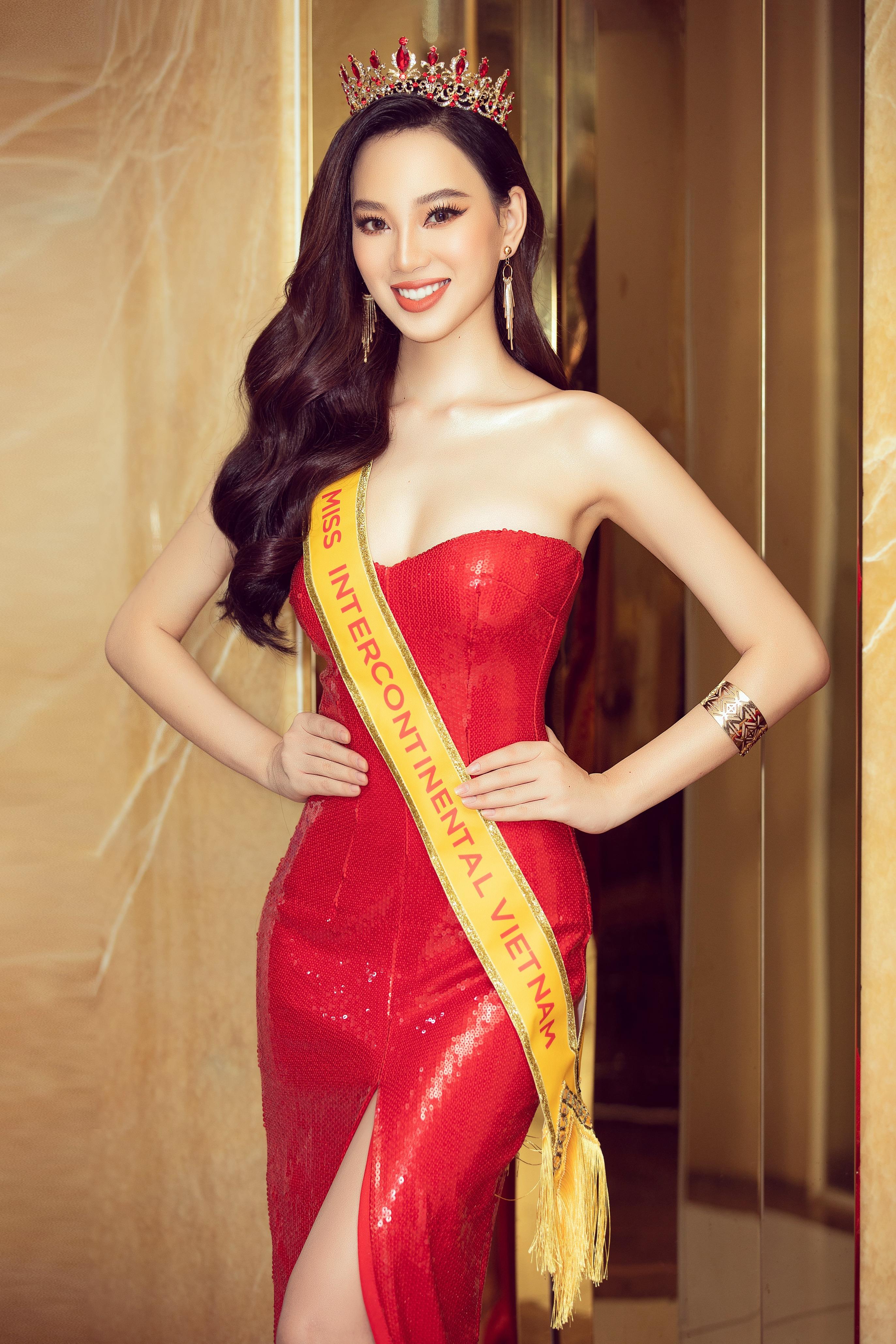 Trước đó, Ái Nhi từng lọt vào top 22 Hoa hậu Việt Nam 2020 và top 10 Miss World Vietnam 2019.