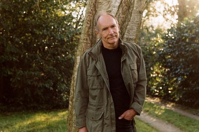 Tim Berners-Lee đang hiện thực hóa ý tưởng về kho lưu trữ cho phép người dùng kiểm soát dữ liệu cá nhân. Ảnh:New York Times.