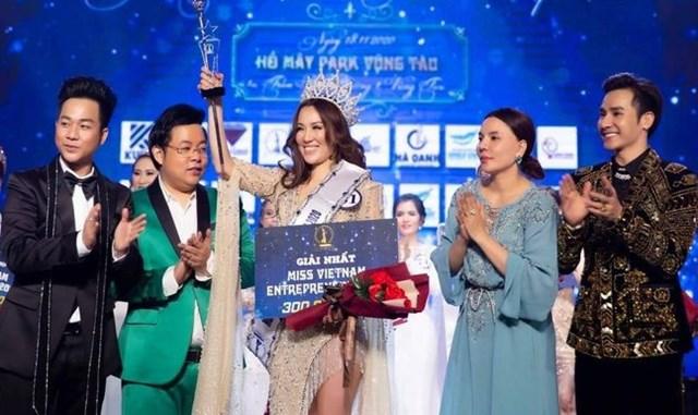 Đơn vị tổ chức cuộc thi Hoa hậu Doanh nhân sắc đẹp Việt Nam bị phạt 90 triệu đồng.