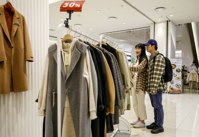 Khoảng cách giàu nghèo ở giới trẻ Hàn Quốc có xu hướng tăng mạnh. Ảnh:SCMP.