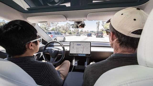 Cần bao nhiêu tiền để mua xe Tesla? - Ảnh 8