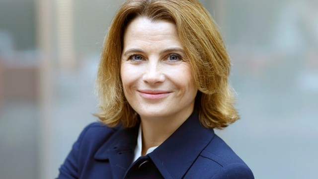 Tỷ phú quá cố Thiele có kế hoạch chuyển giao quyền sở hữu tại Knorr-Bremse cho con gái của ông, bà Julia Thiele-Schuerhoff.