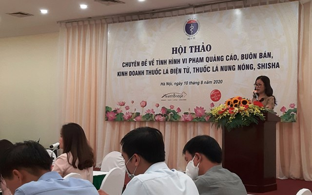 Bà Trần Thị Trang, Phó Vụ trưởng Vụ pháp chế, Bộ Y tế phát biểu tại Hội thảo