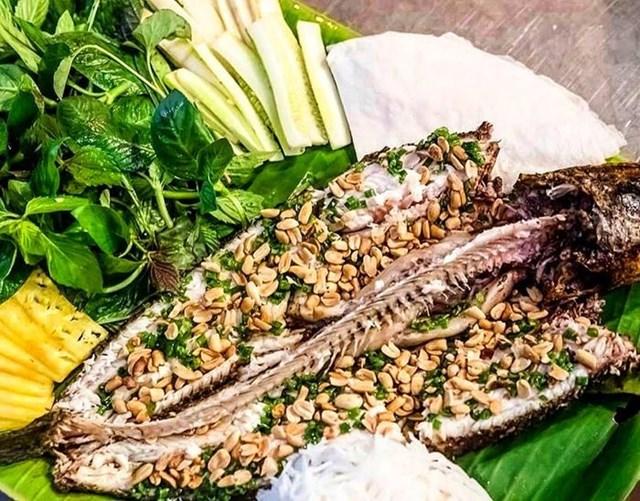 Khám phá sản vật miền Nam Việt Nam (Kỳ 10): bông điên điển, bông súng mắm kho, cá lóc nướng trui, nem Lai Vung - Ảnh 4