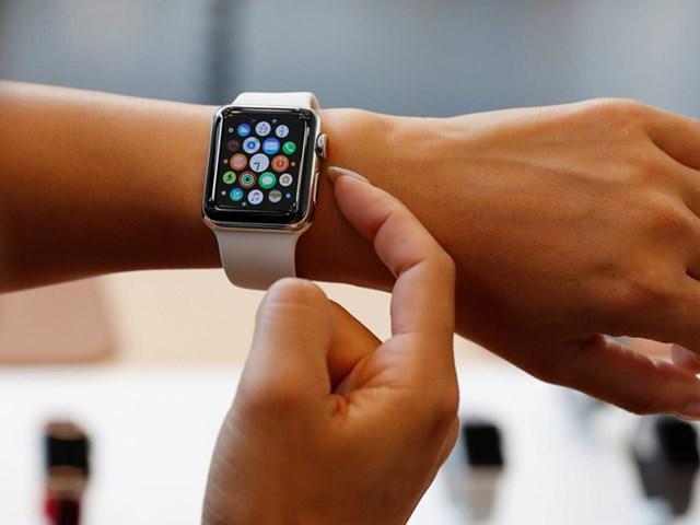 Nhìn vào chặng đường 6 năm đưa Apple Watch từ sản phẩm thất bại thành chiếc đồng hồ thông minh hàng đầu thế giới - Ảnh 1
