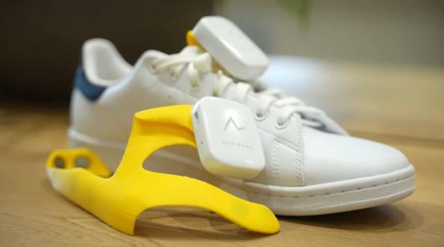 """Nhật sáng chế hệ thống chỉ đường gắn vào giày, dùng chế độ """"rung, lắc"""" để nhắc người đi đúng hướng - Ảnh 4"""