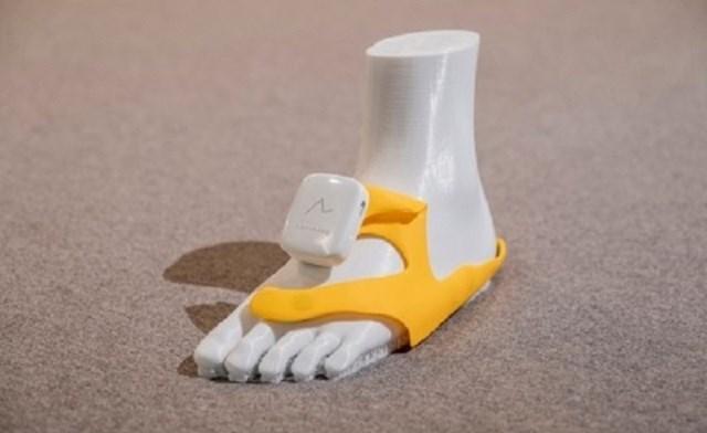 """Nhật sáng chế hệ thống chỉ đường gắn vào giày, dùng chế độ """"rung, lắc"""" để nhắc người đi đúng hướng - Ảnh 2"""