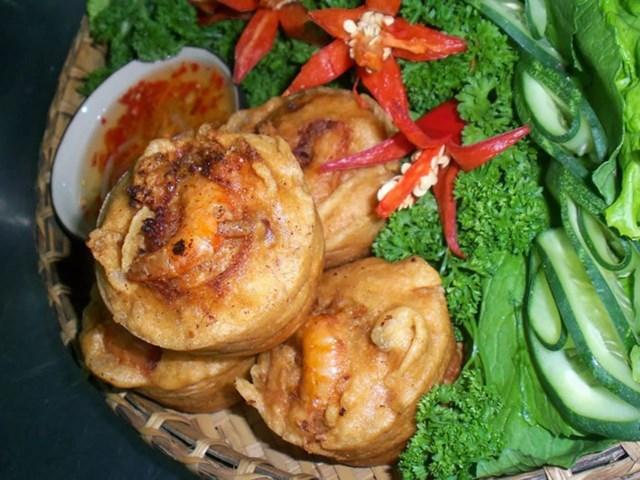 Bánh cống là đặc sản của tỉnh Sóc Trăng.