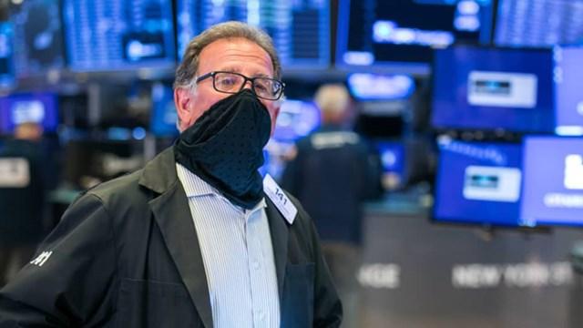 """Thị trường chứng khoán phát tín hiệu nghi ngờ tuyên bố """"diều hâu"""" của Fed - Ảnh 1"""