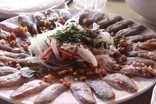Gỏi cá nhồng - Món 'ruột' của ngư dân Phú Quốc