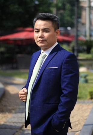 NSƯT Trịnh Mai Nguyên tự hào khi 3 lần được vào vai Tướng Giáp. Ảnh: FB nhân vật.