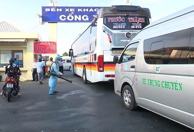 Tổng cục Đường bộ Việt Nam yêu cầu Sở GTVT các địa phương lên phương án huy động phương tiện sẵn sàng cho công tác đưa người từ vùng dịch về các tỉnh/thành khác.