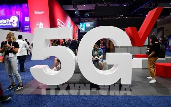 Biểu tượng mạng 5G trong một cuộc triển lãm tại Los Angeles (Mỹ). Ảnh: AFP/TTXVN