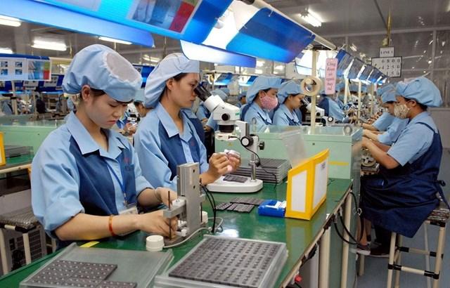 Hơn 1.200 doanh nghiệp trên địa bàn Hà Nội bị ảnh hưởng bởi dịch Covid-19 - Ảnh 1