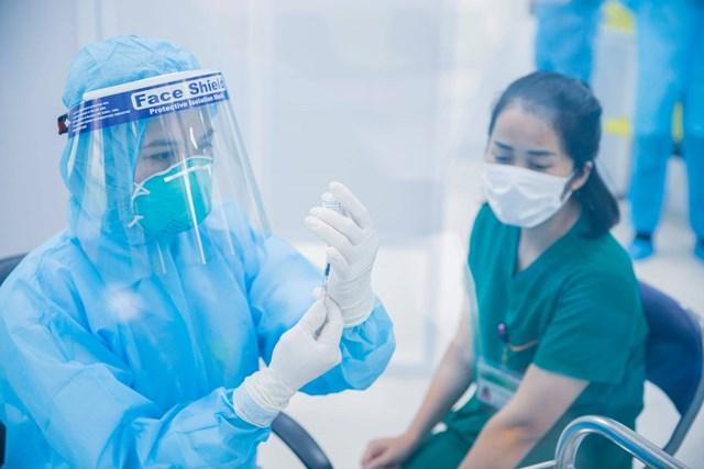Sẽ có thêm 3 triệu liều vắc xin Moderna về Việt Nam trong tuần này - Ảnh 1